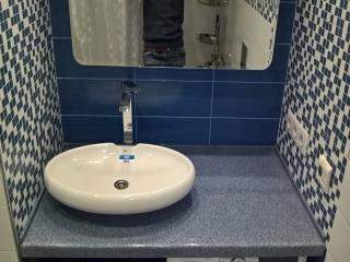 Столешница для ванной с накладной чашей